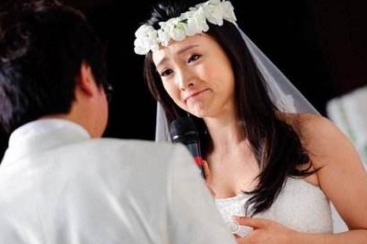 老公经常出轨_老公老是怀疑老婆出轨_女人出轨不离婚主动配合老公做爱